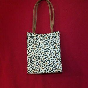 Handbags - TOTE CHEETAH Print - New
